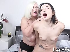 Lascivious GILF tits licked before toying increased by oral