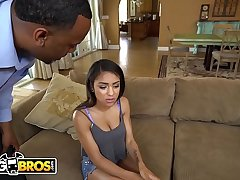 BANGBROS - Teen Nicole Bexley Gets Caught Sexting And Her Hoax Dad Is Not Happy