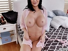 MILF star Jasmine Jae hint stunning in a fishnet outfit while deepthroating a giant cock with an intensity that only a horny MILF can provide.