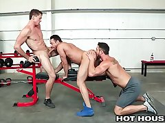 Greenhouse Ryan Rose Cumshot For 2 Of His Boys At The Gym