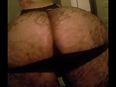 my exs mom shakin her fat ass for me