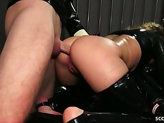 German BDSM - FETISCH LATEX DREIER MIT ANAL SEX SESSION IN DEUTSCH