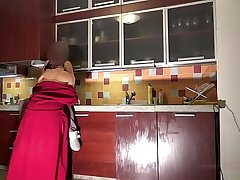 MOTHER AND DAUGHTER Stranger ROMANIA HAVE LESBY SEX IN THE KITCHEN