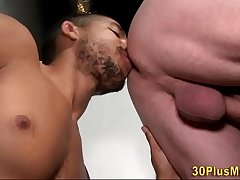 Hunk bangs black man hole